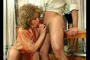 Russian mature teacher wife cheats with her partisan take foyer (2)